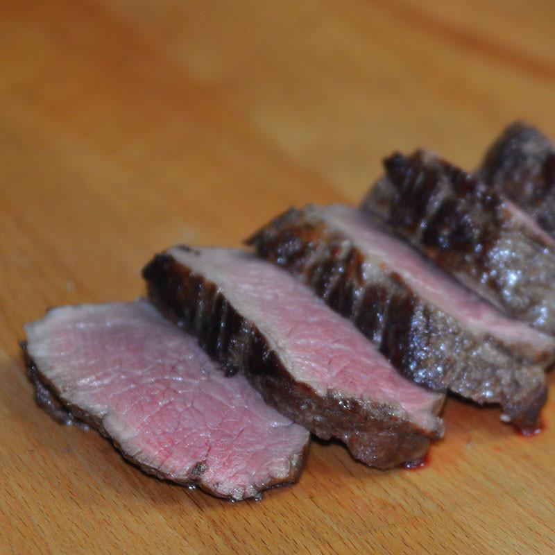 """Deutsches Angus Beef Chateaustück """"Dry-Aged"""" zubereitet"""