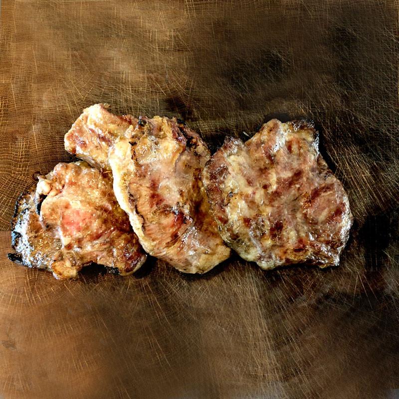 Ibérico Rippenfleisch ohne Knochen gegart