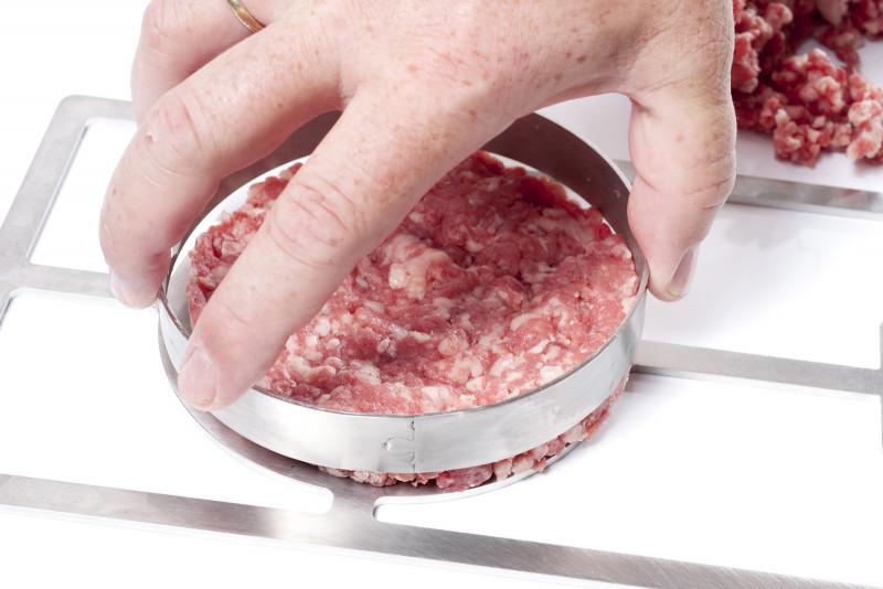 Beefer® Burgerrost mit Ring im Einsatz