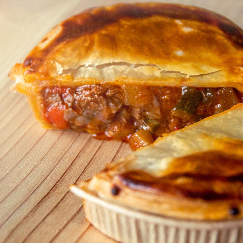 Steak Pie Ratatouille zubereitet und angerichtet