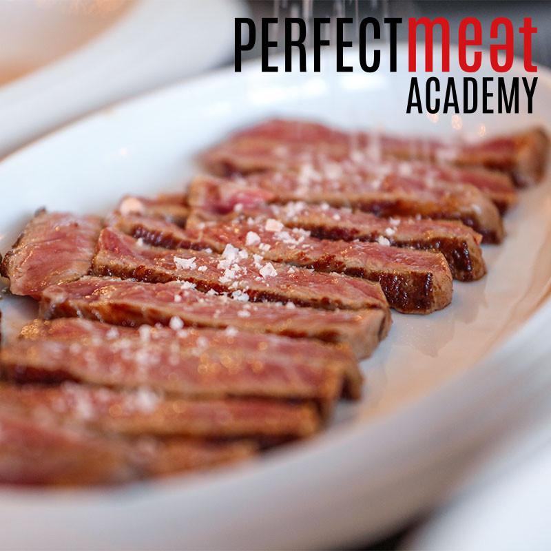 Steakverkostung bei der Perfect Meat Academy im Fleischkompetenz-Zentrum