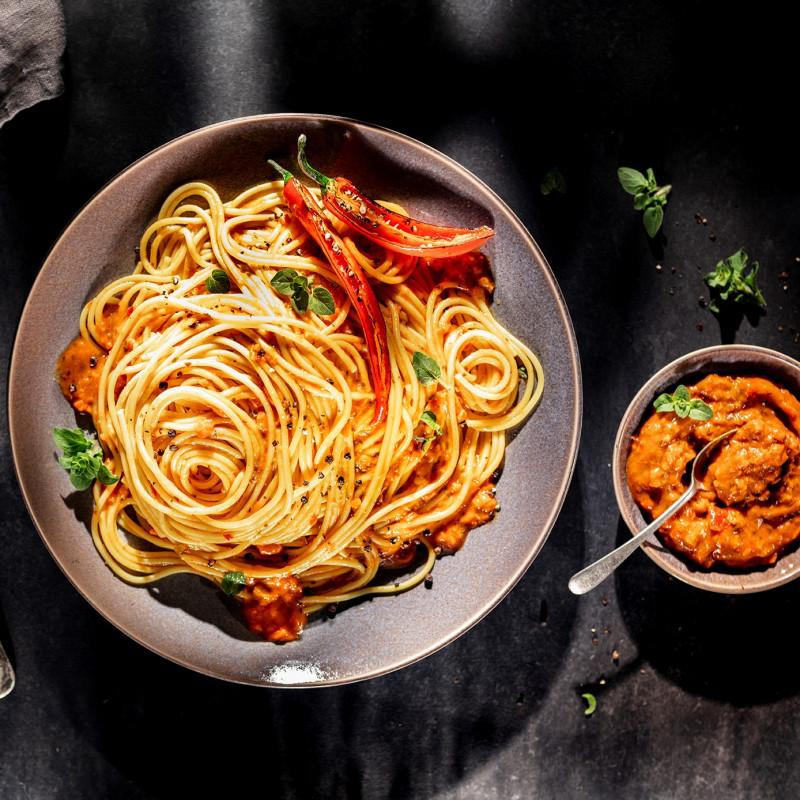 Spaghetti mit orientalischem Aufstrich